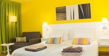 APARTAMENTO  CON JARDÍN PRIVADO Hotel Coral California